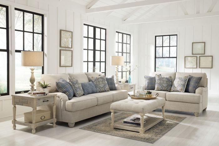 Traemore Sofa and Loveseat