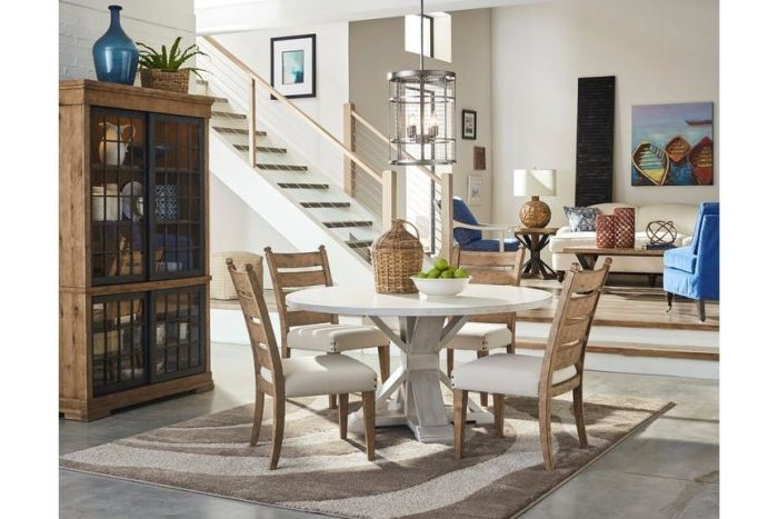 Barton Creek 5 Pc Round Table with 4 Chairs
